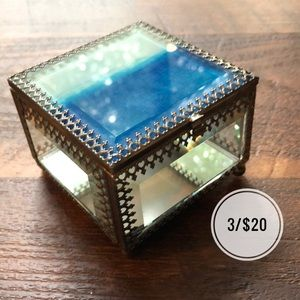 Other - Square Glass Silver Jewelry Box